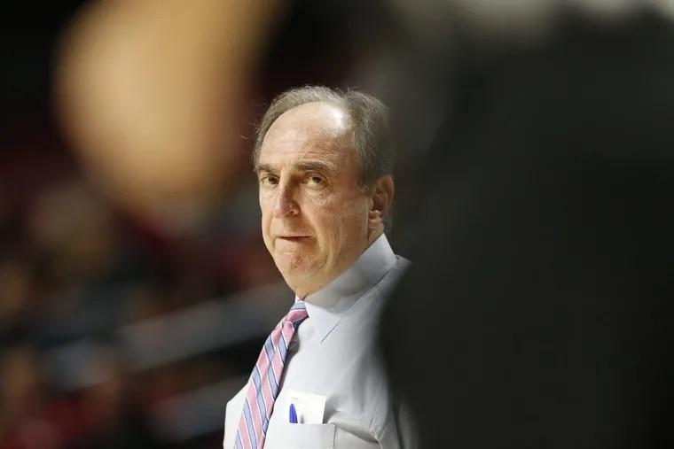 Temple's head coach Fran Dunphy