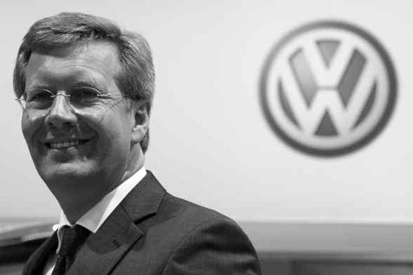 Taking the Wheel of Auto Industry
