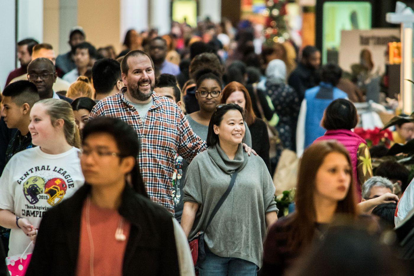 Black Friday madness takes over area malls