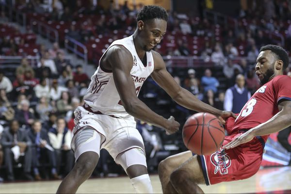 Temple's Shizz Alston named co-AAC player of the week