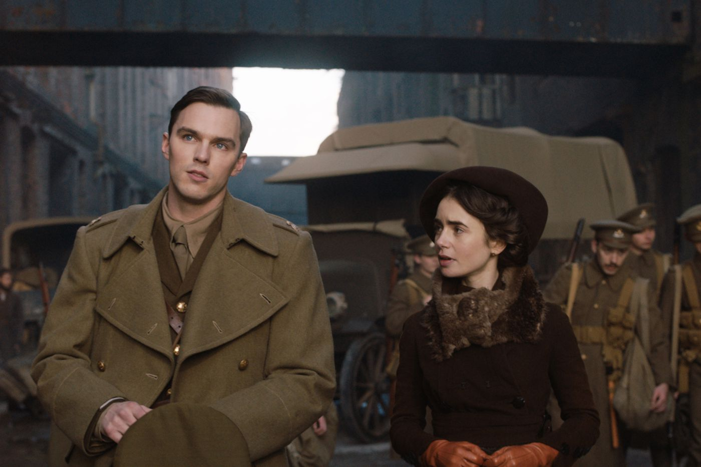 'Tolkien': Fan (non)fiction for the 'Lord of the Rings' crowd | Movie review