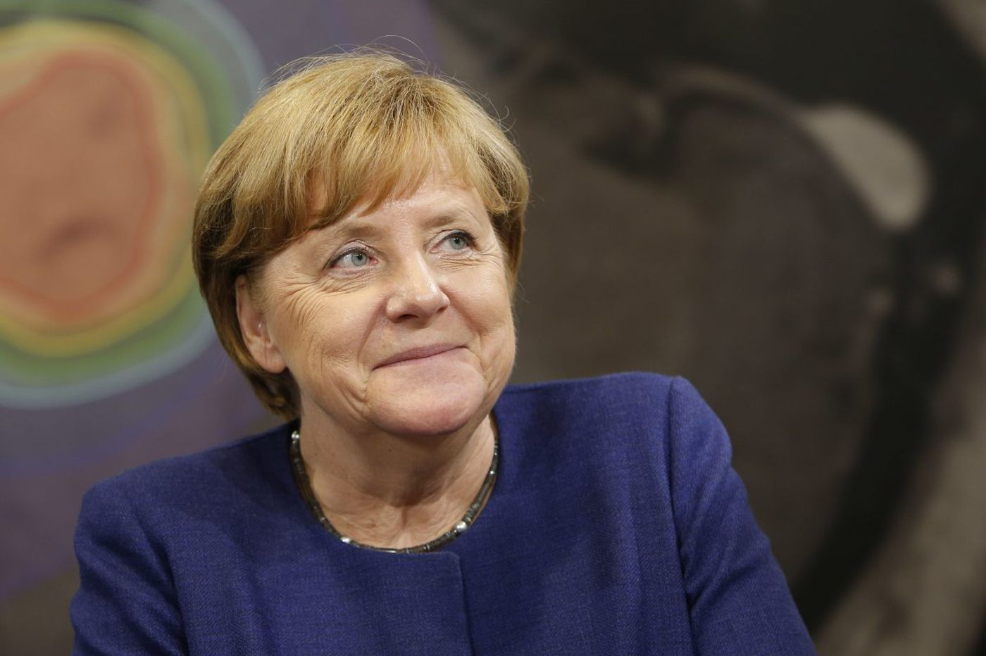 'Mother' Merkel, who knows how to deal with Russian hacking, set to win German elections