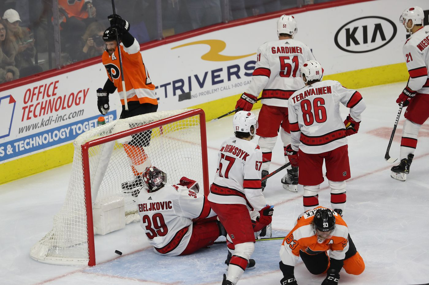 The Flyers are deeper and more balanced, and Alain Vigneault is taking advantage of it   Mike Sielski