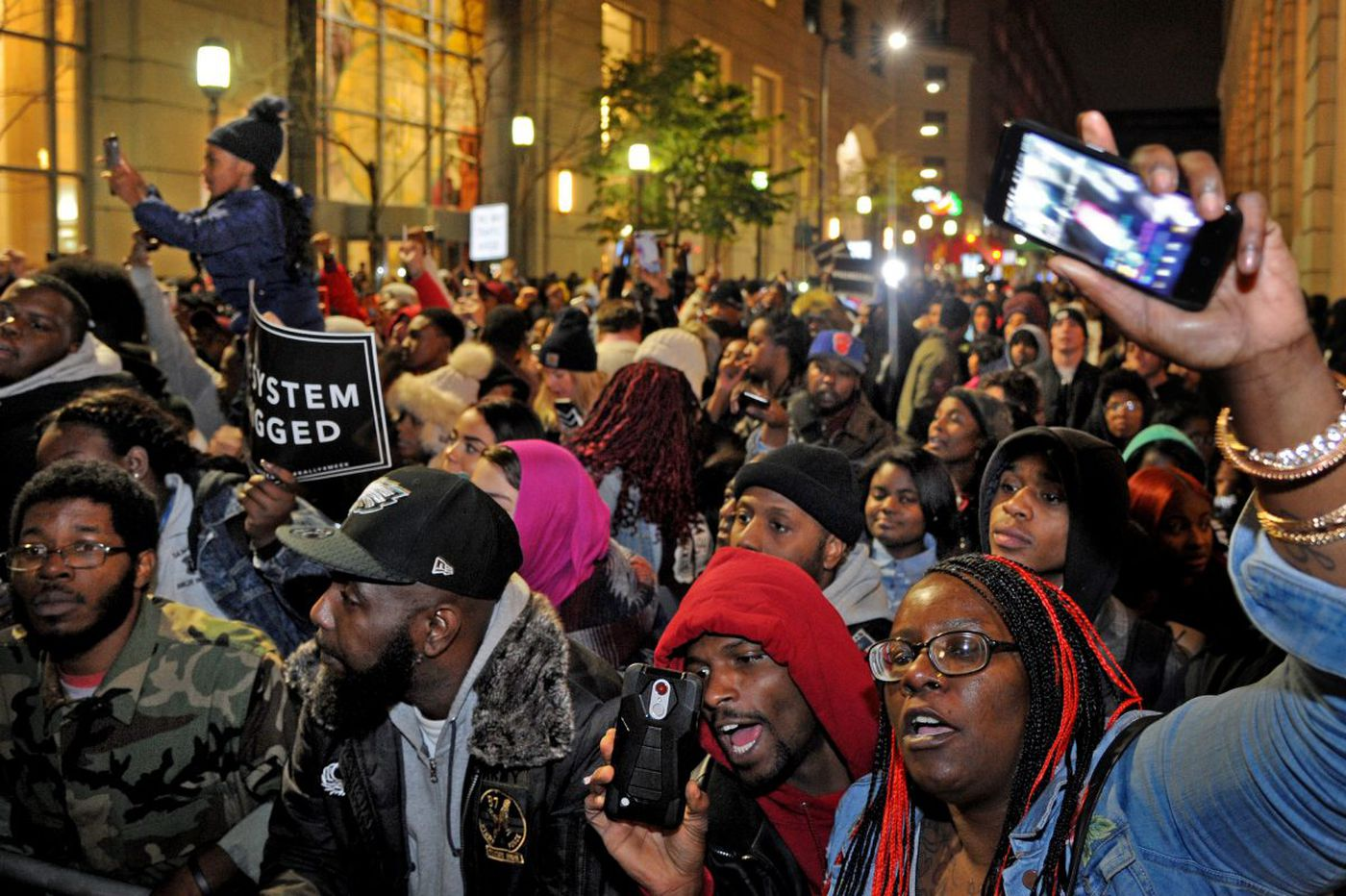 Supporters of imprisoned Meek Mill rally outside courthouse