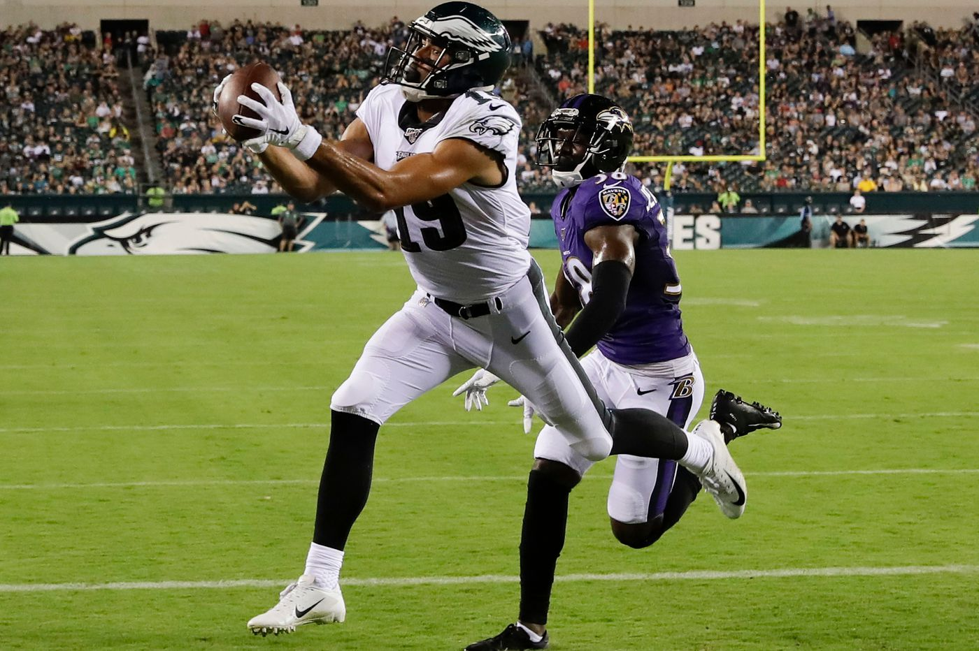Rookie wide receiver J.J. Arcega-Whiteside could provide a big boost to Eagles' red-zone offense