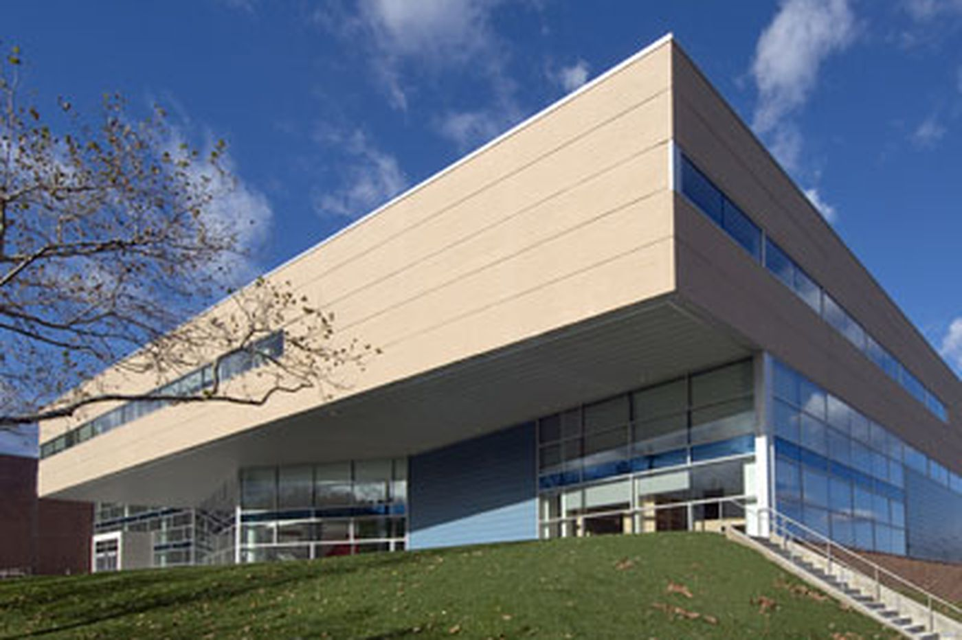 Changing Skyline: Temple's artless new building