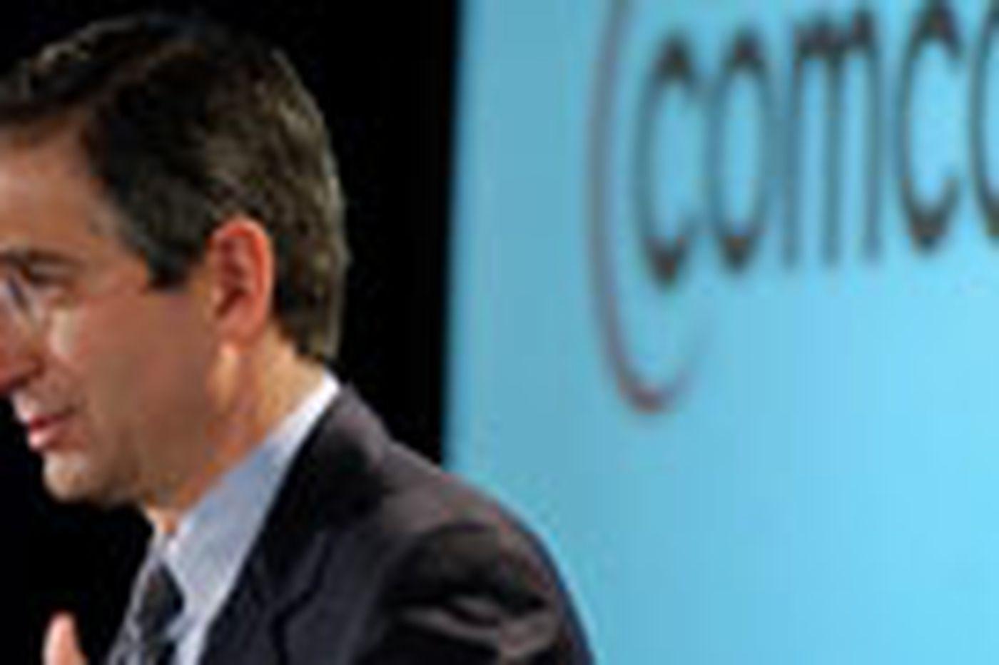Comcast revenue rises as subscriptions dip