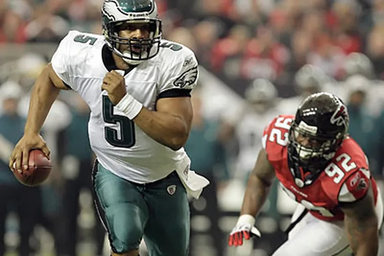 Donovan McNabb threw for 238 yards and one touchdown against the Falcons last Sunday. (David Maialetti/Staff Photographer)