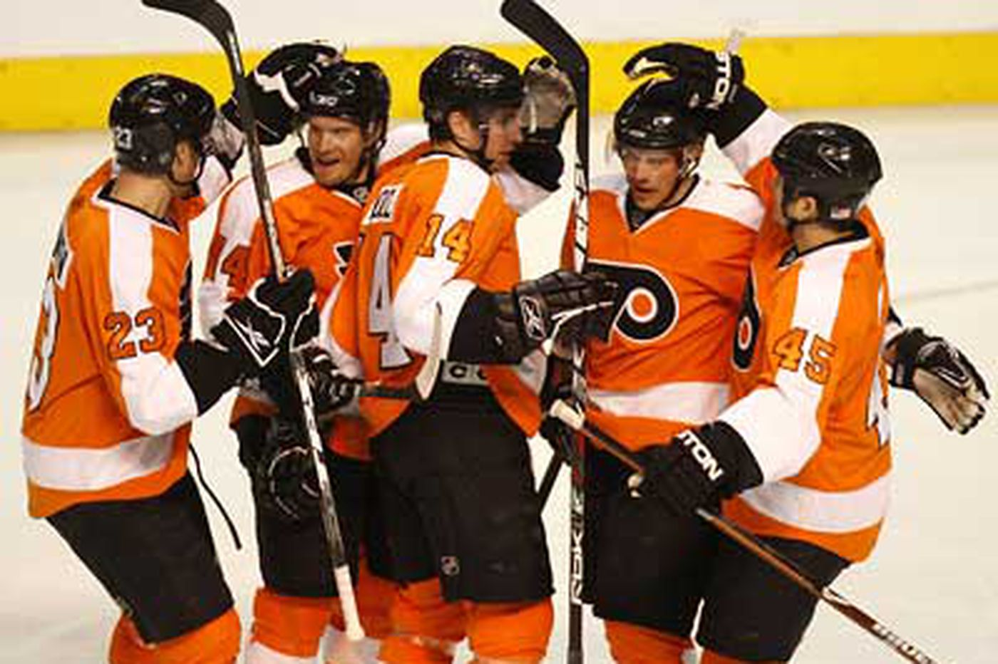 Gagne's goal lifts Flyers over Ottawa