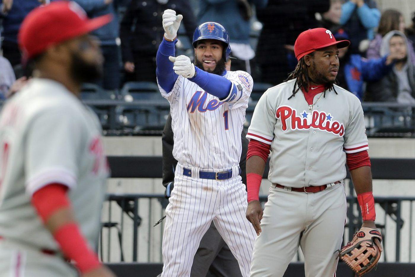 Phillies fall to Mets; Gabe Kapler's defensive alignment of Nick Williams backfires