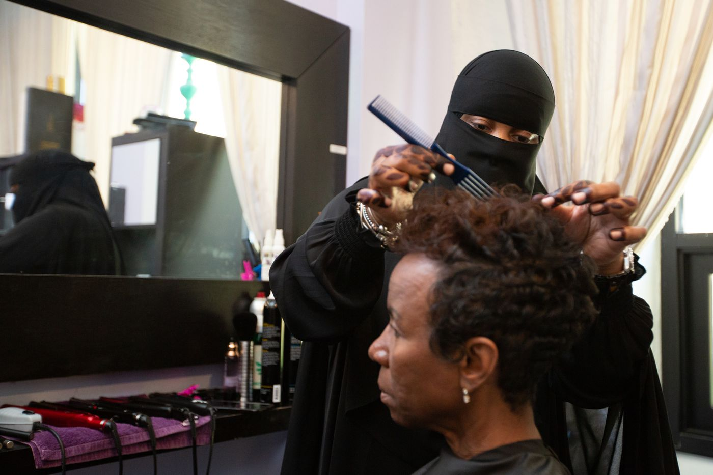 At East Falls salon, Muslim women relax, uncover in comfort