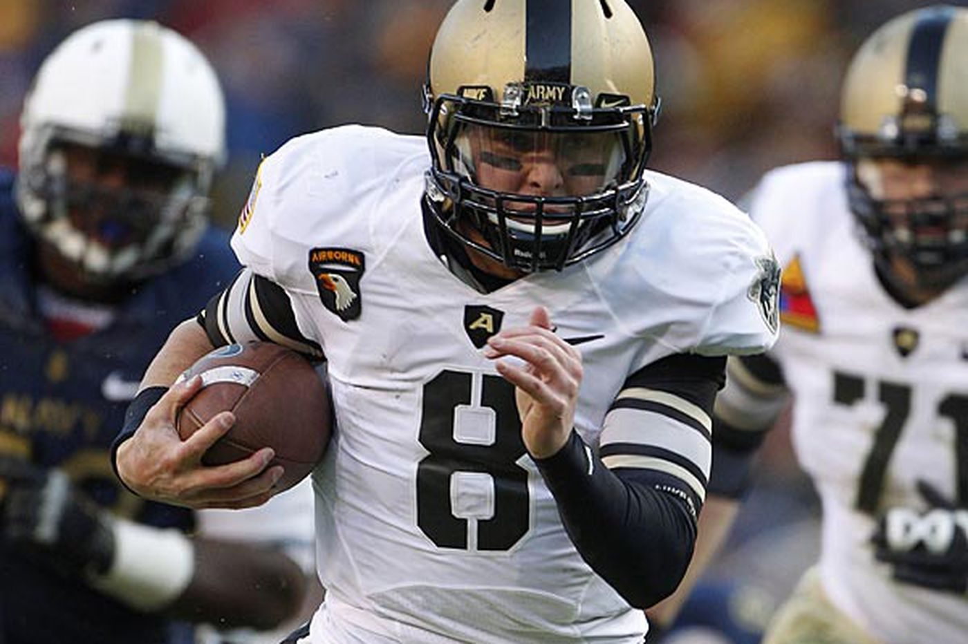 Army quarterback Trent Steelman's goal: Beat Navy