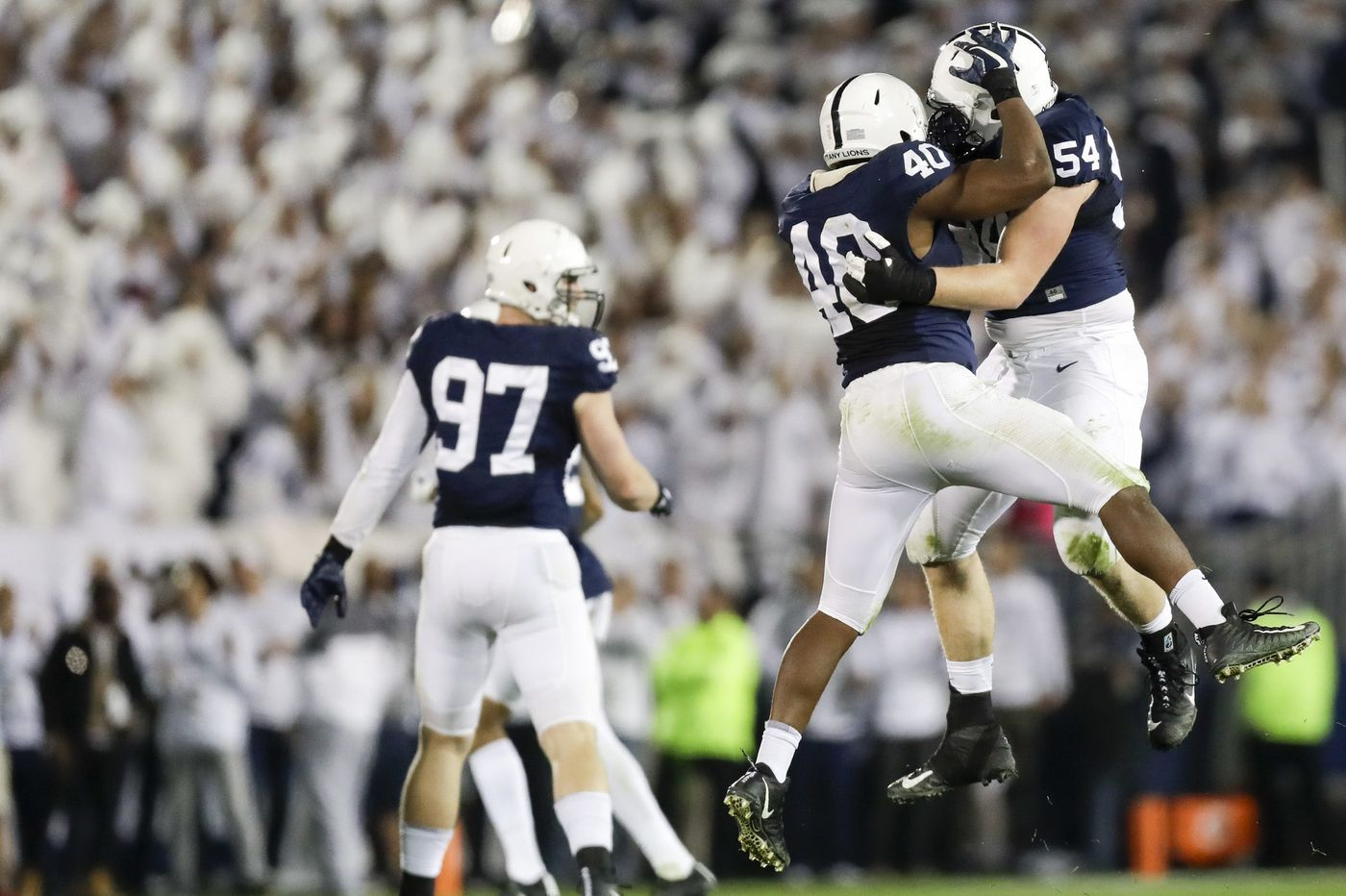 Big Ten Network fears Comcast could drop the service from its lineup as football season begins