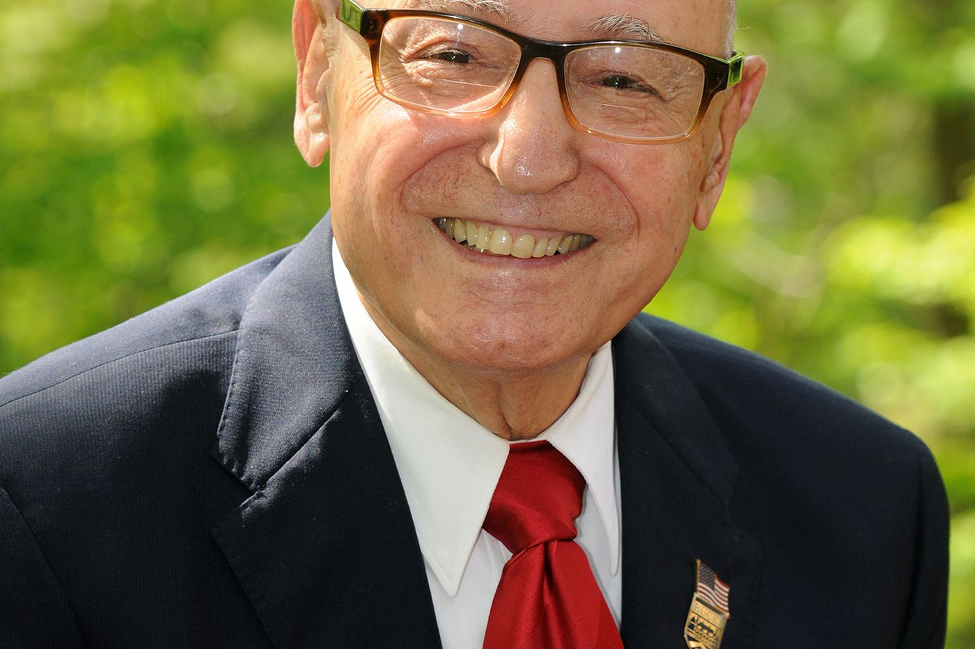Frank J. Fazzalore, 96, financial consultant, WWII vet, and Bucks County Community College trustee