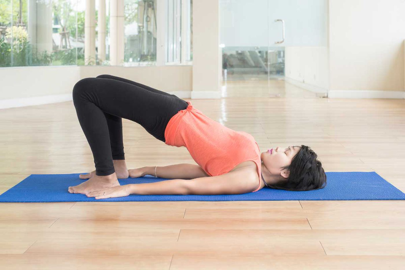 5 stretches for cyclist's tight muscles