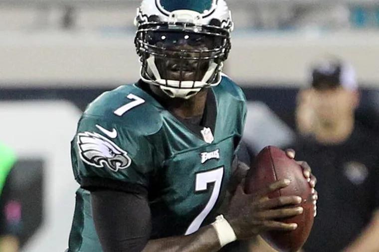 Eagles quarterback Michael Vick. (Yong Kim/Staff Photographer)