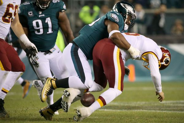 Eagles' Brandon Graham tries not to think about leaving the only NFL locker room he has known