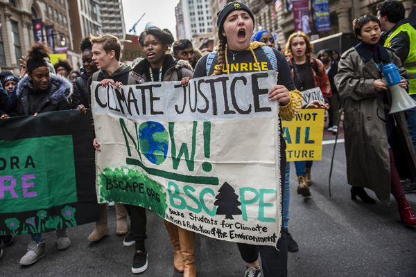 Philly students rally against climate change in Center City, won't be punished for missing class