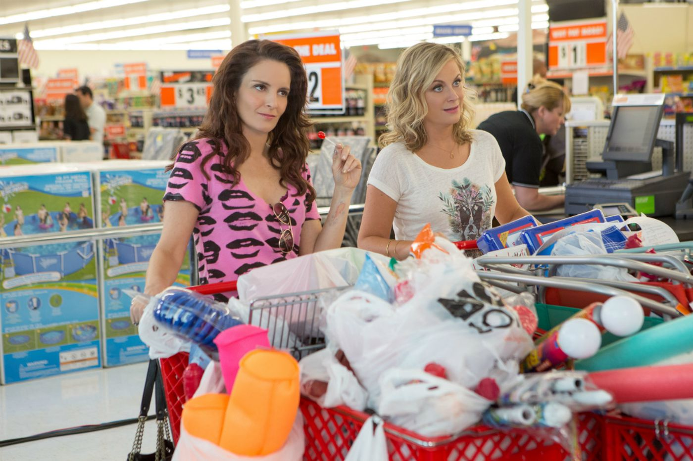 Review: Tina Fey and Amy Poehler reteam for 'Sisters'