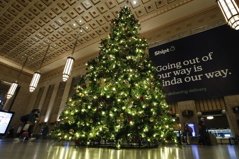 What S Open And What S Closed In The Philly Area On Christmas Day Grocery Stores Transit Pharmacies Stores And More