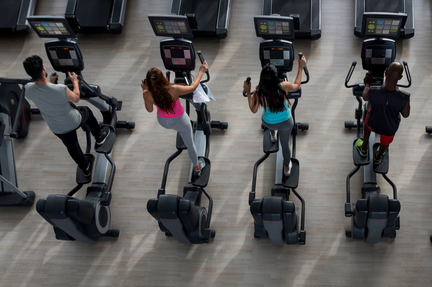 Treadmill vs. elliptical: Which machine is best for exercise goals, weight loss?