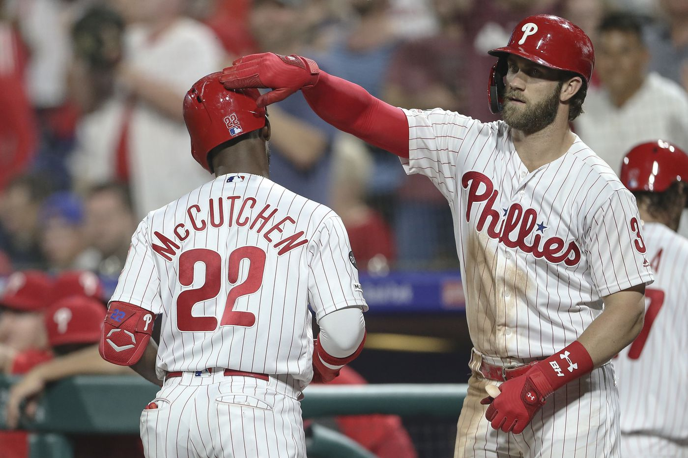 Bryce Harper homers, leaves game early in Phillies rout of Cardinals