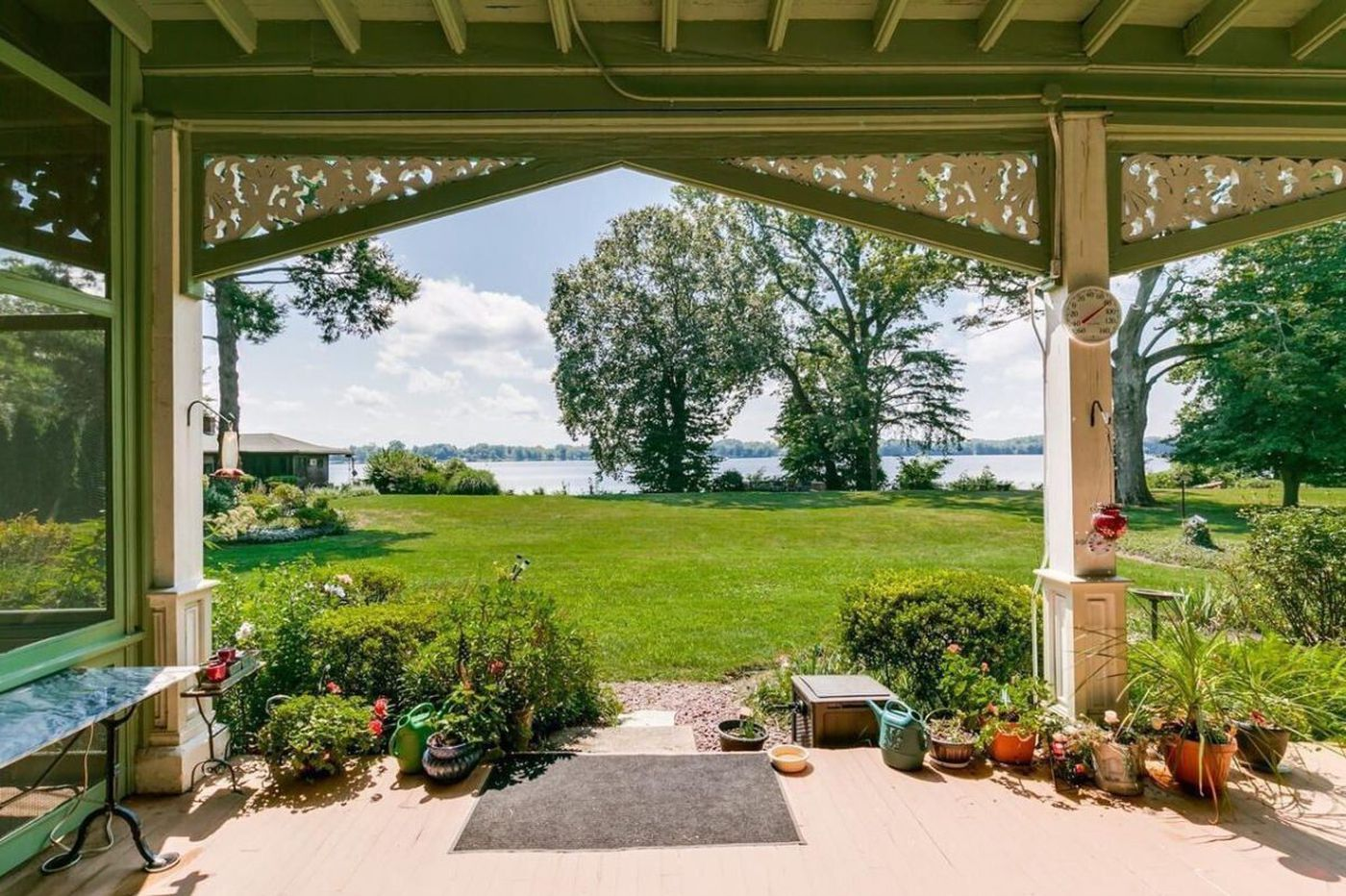 Who needs the ocean? Three Bucks County homes with waterfront views
