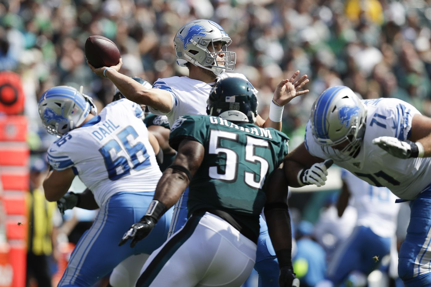 Eagles pass rush fails to register a sack in 27-24 loss to the Detroit Lions