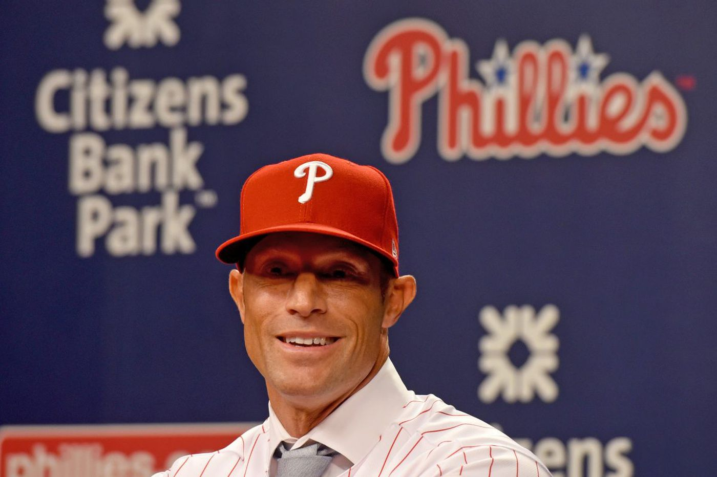 Phillies could hire unconventional bench coach for Gabe Kapler