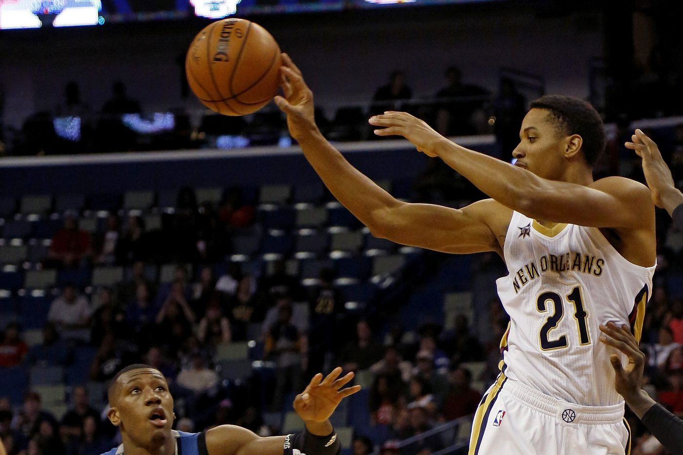 Sixers sign swingman Anthony Brown to training camp roster