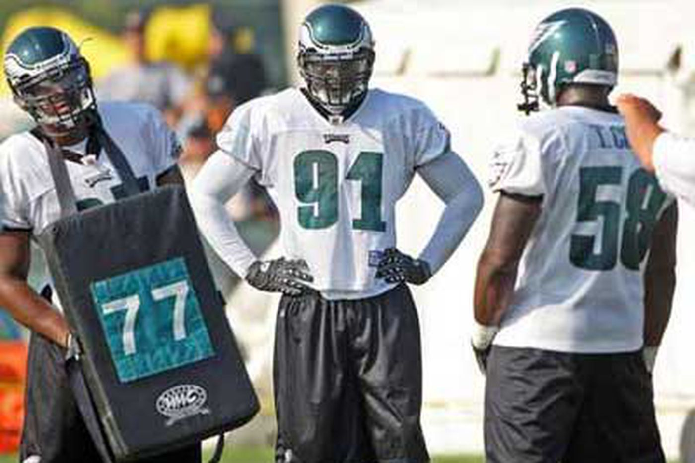 Eagles - Eagles DE Clemons will be counted on in must-win situation against Giants