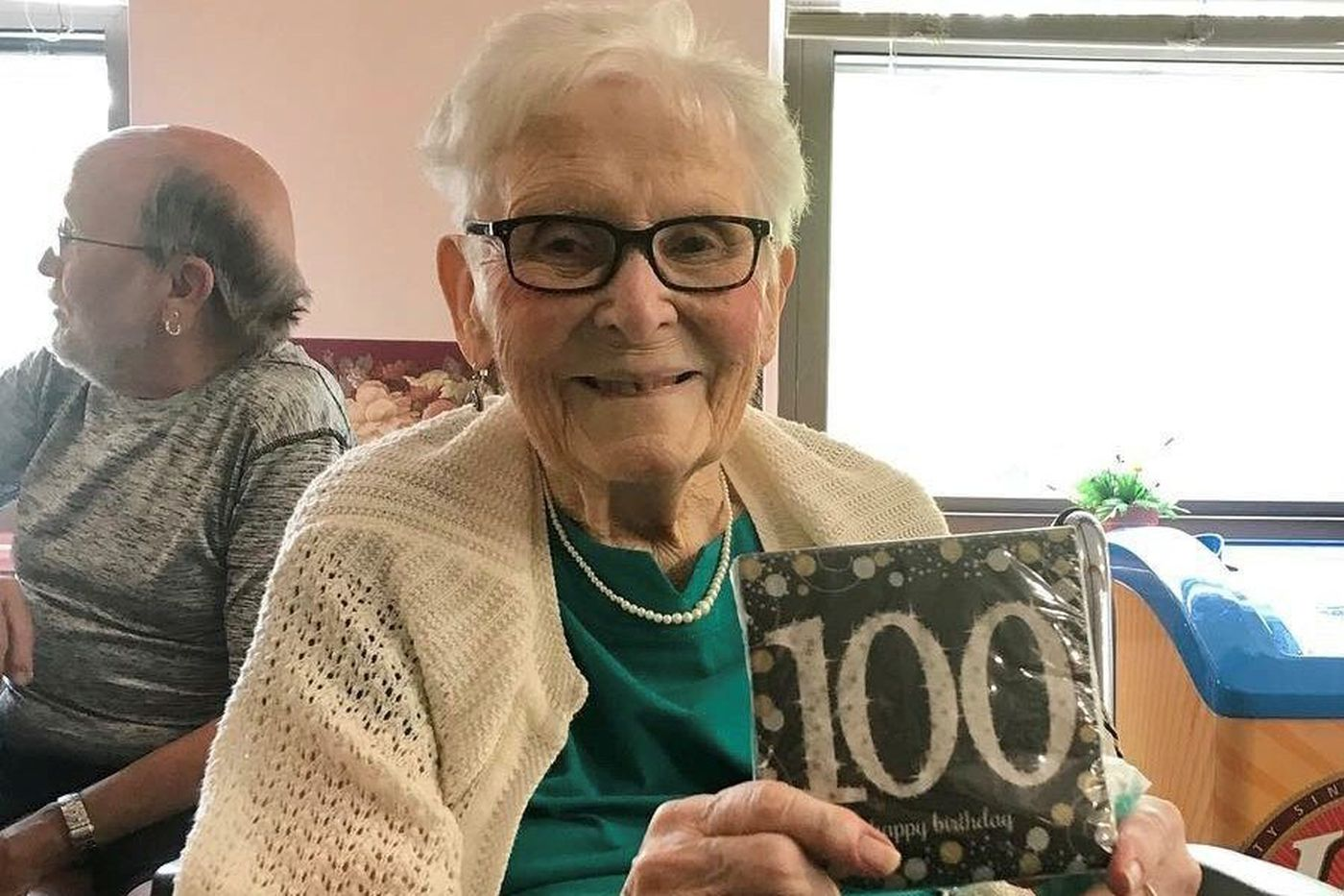 Mary F. Keashen, 100, family matriarch, factory worker and book lover