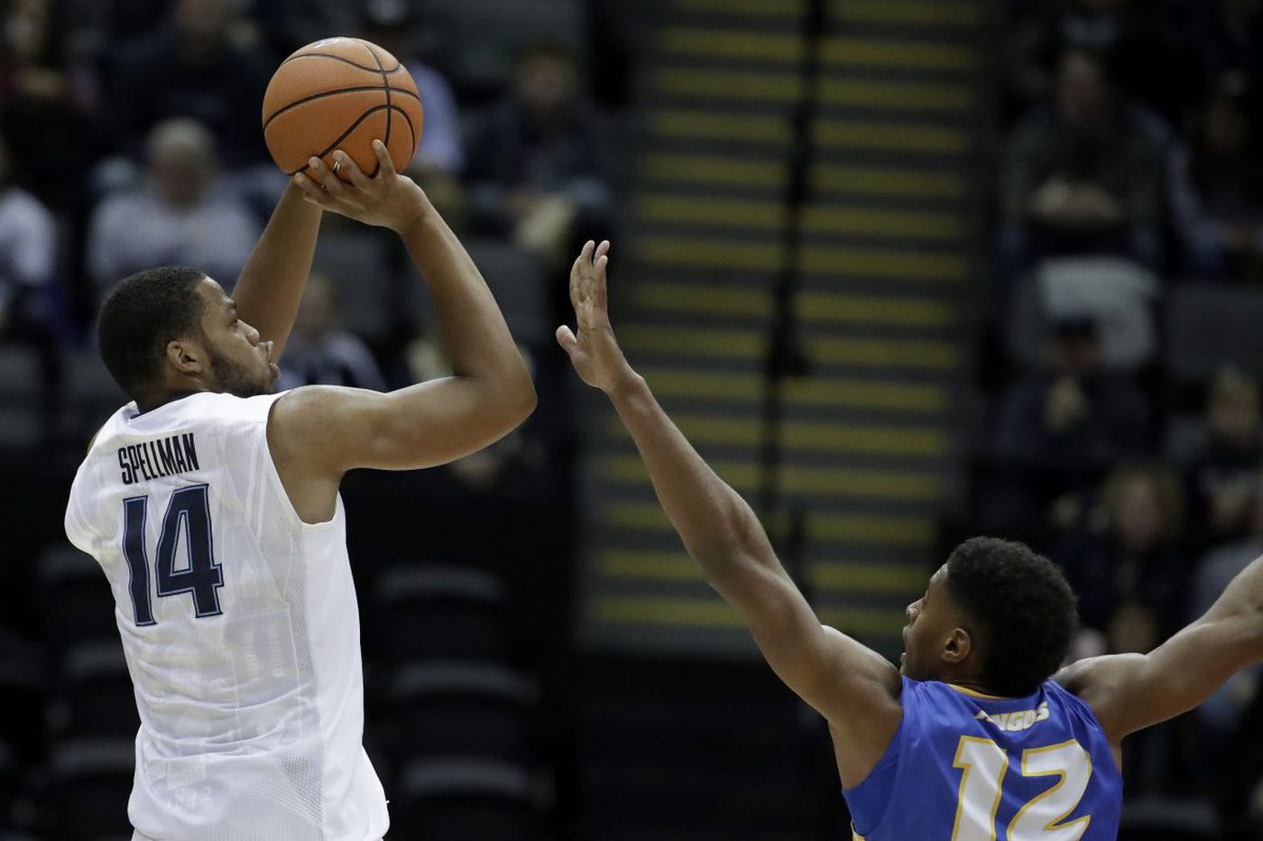 No. 1 Villanova drubs Hofstra in Jay Wright's return to Long Island