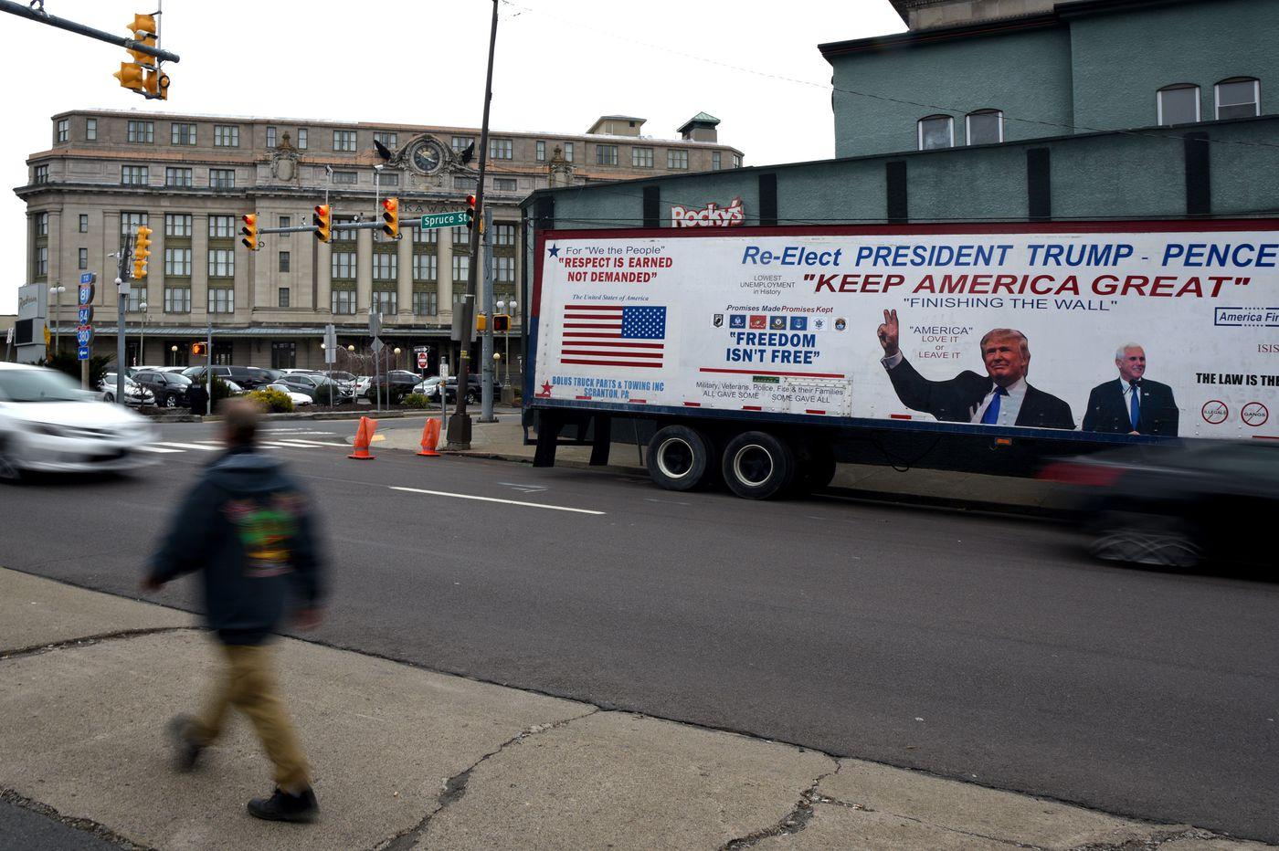 Donald Trump S Fox News Town Hall In Scranton Trolls Joe Biden In His Pa Hometown