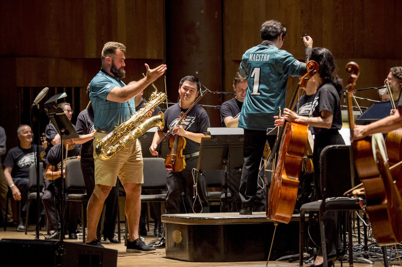 Jason Kelce's big debut with the Philadelphia Orchestra: Not too @#$! shabby!