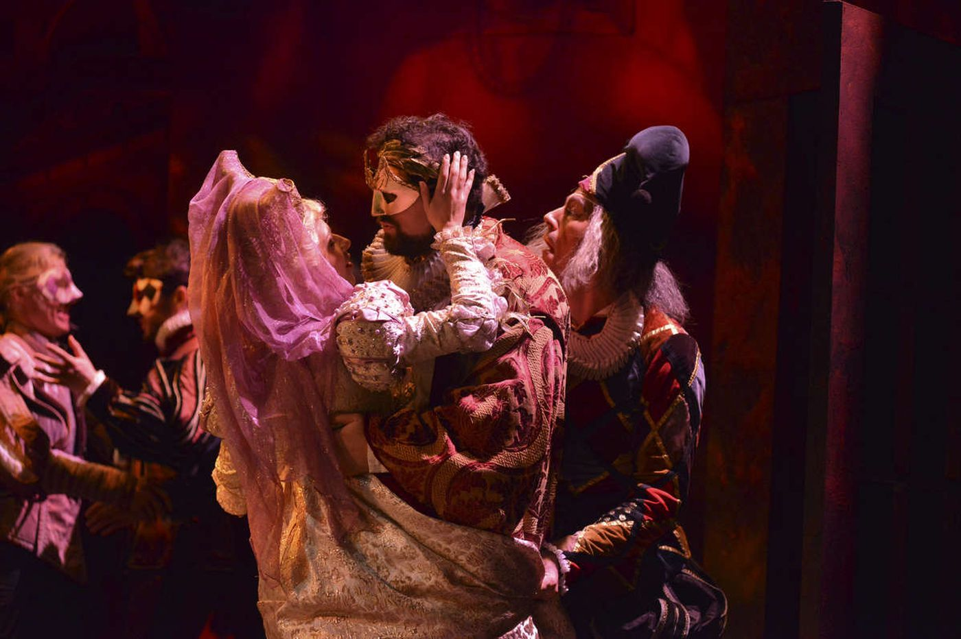 Academy of Vocal Arts explores evil heart of Rigoletto