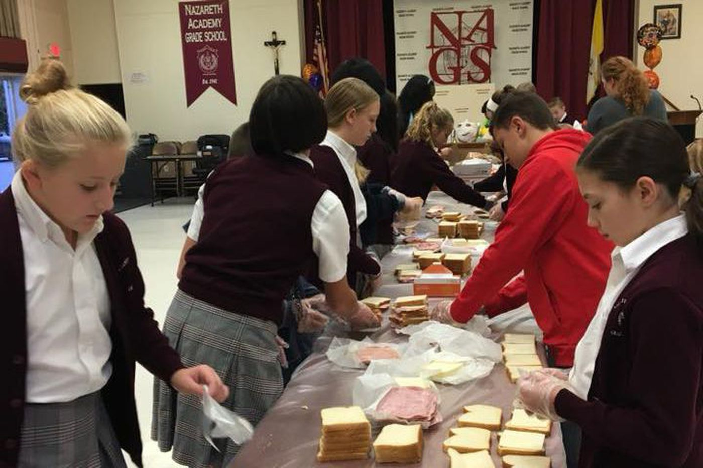 The RoundUp: Grade school students pack lunches for the needy, get your 'You Matter' cards this November