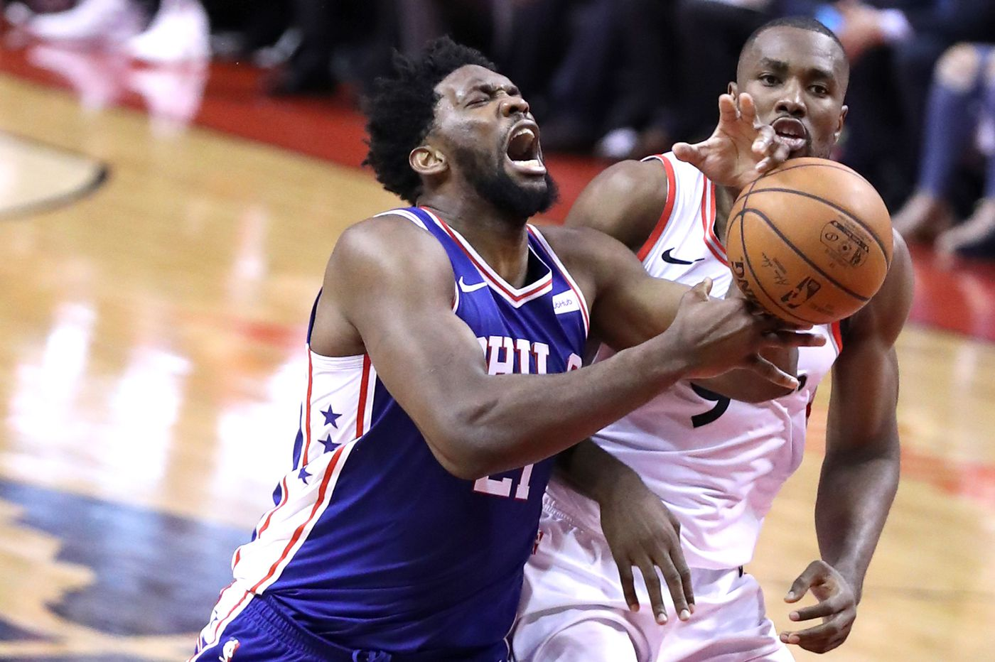 NBA playoffs 2019: 76ers pull away from Raptors in Game 3