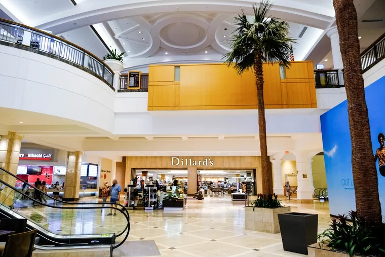 Here's an interior view of The Galleria at Fort Lauderdale,  taken last month. PSERS, the big pension plan for Pennsylvania teachers, bought the mall in 1003 and has invested millions of dollars in it.  It lost a Neiman Marcus anchor store last fall.