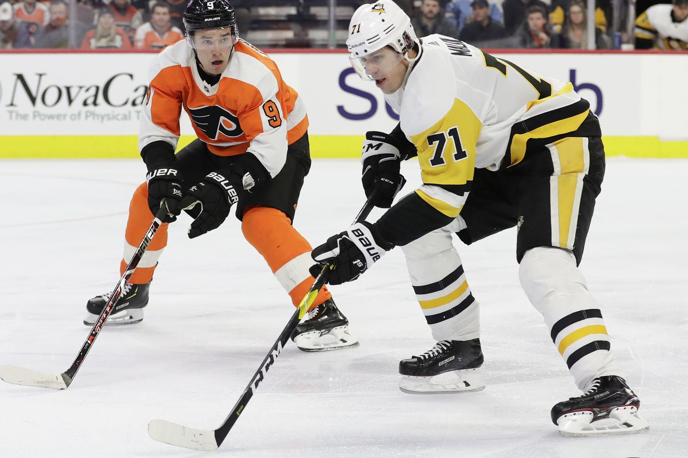 Penguins' Evgeni Malkin pokes Flyers fans; Michael Raffl out of lineup Tuesday
