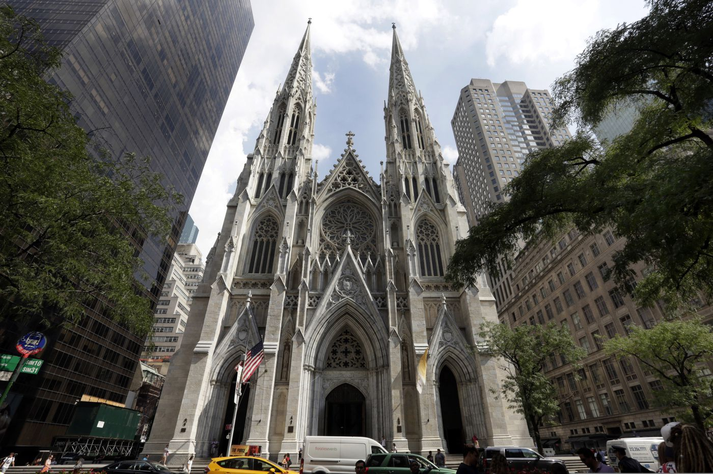 NYPD: N.J. man tried to enter St. Patrick's Cathedral with gas cans