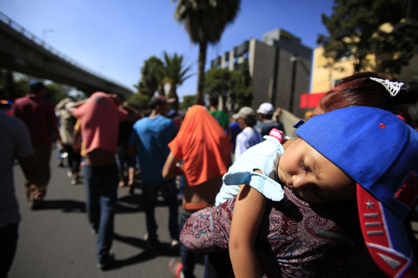 US immigration officials move to restrict asylum at border