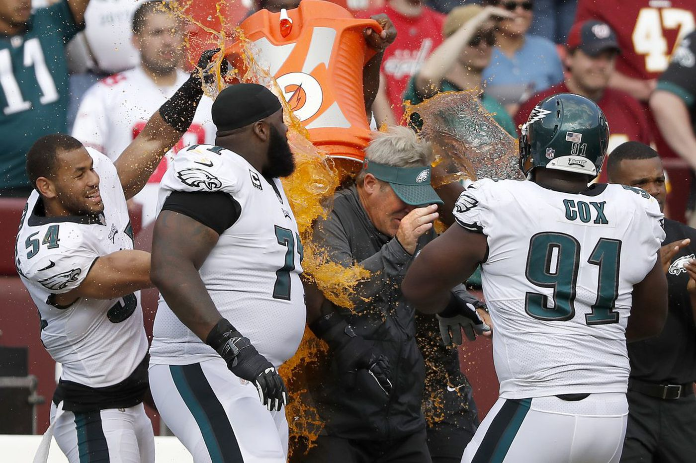 Eagles' Kamu Grugier-Hill, Steven Means did Doug Pederson's Gatorade baths to start and end season