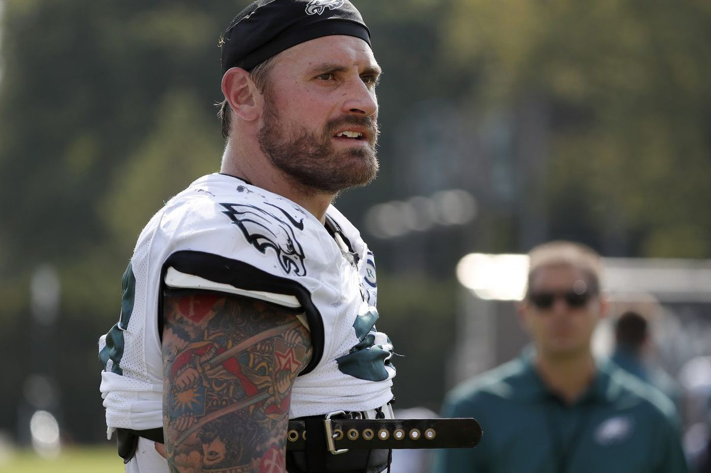 Eagles' Chris Long defends hometown Charlottesville, blasts Trump | Marcus Hayes
