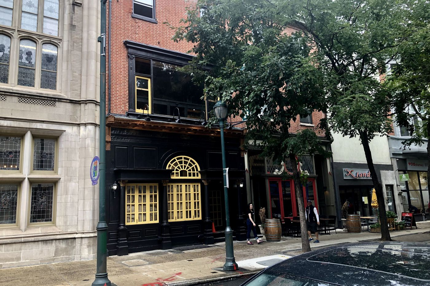 Halloween-themed bars to serve boos in Center City this fall