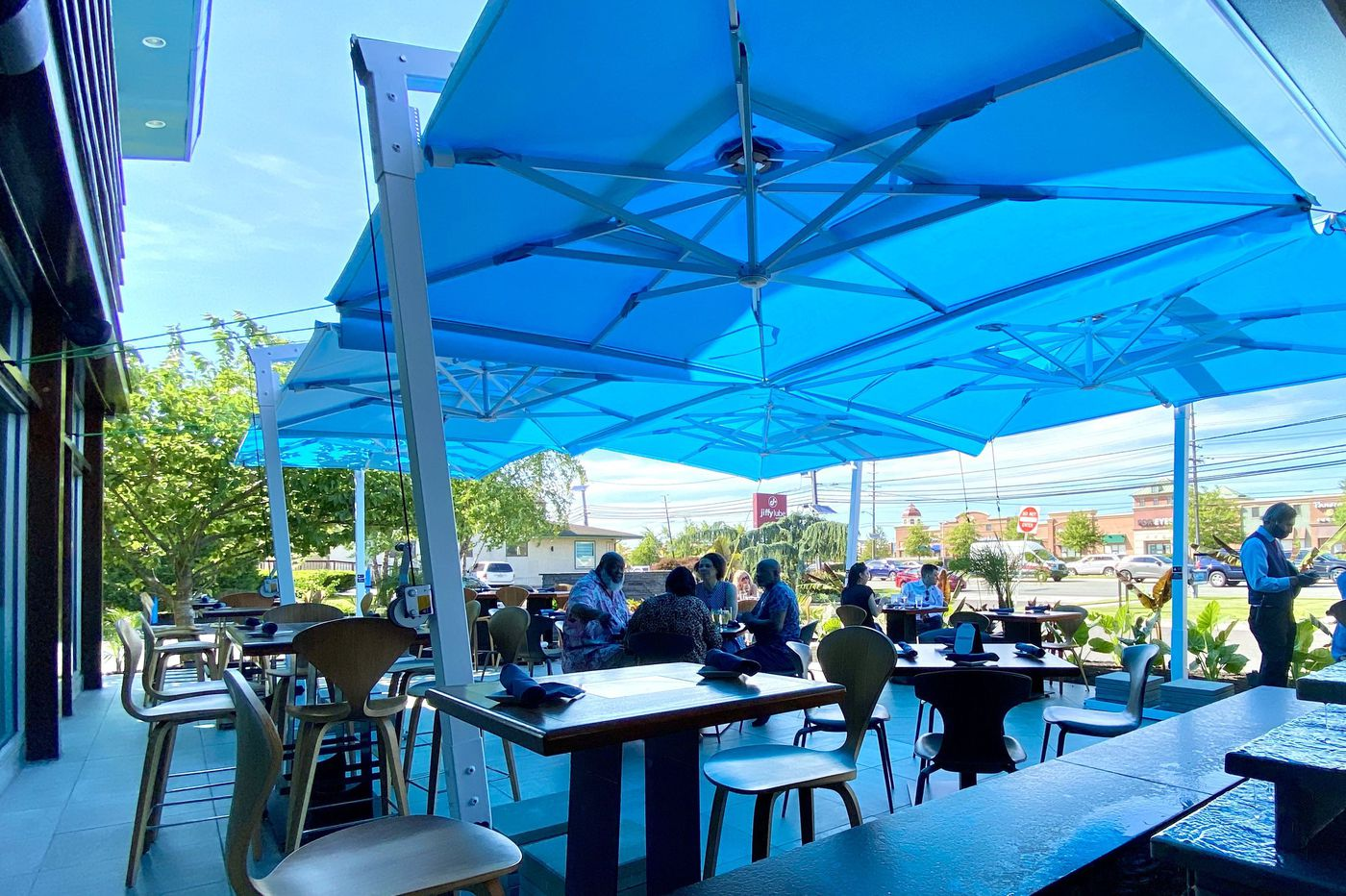 Our first taste of outdoor dining | Let's Eat