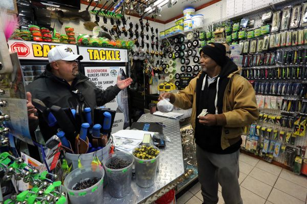 At lonely Atlantic City bait shop, Noel Feliciano is an urban fisherman's maestro