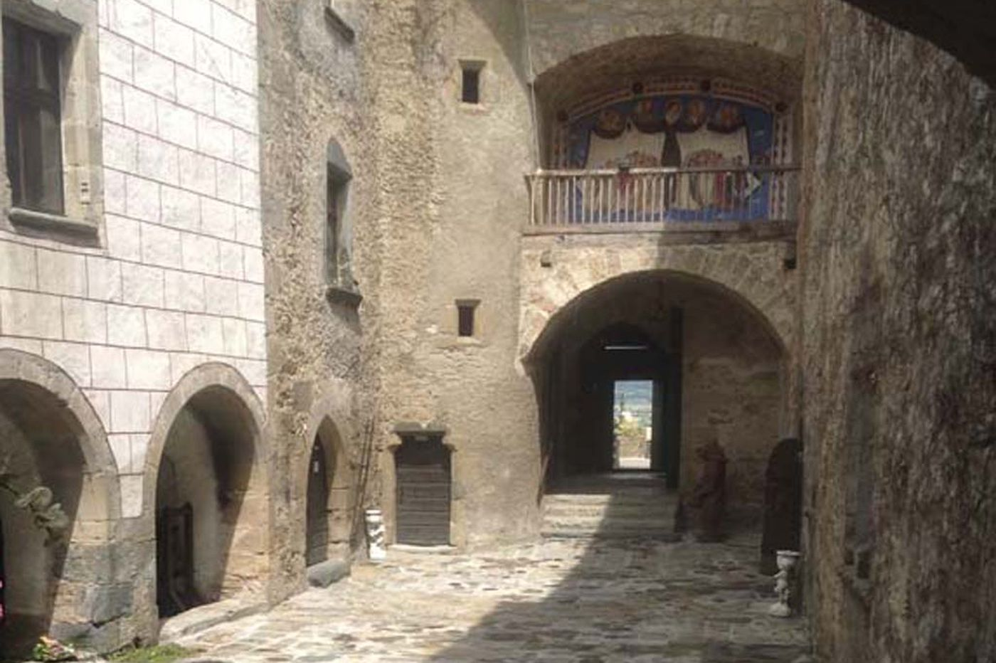 Personal Journey: A countess for a week in a medieval French castle