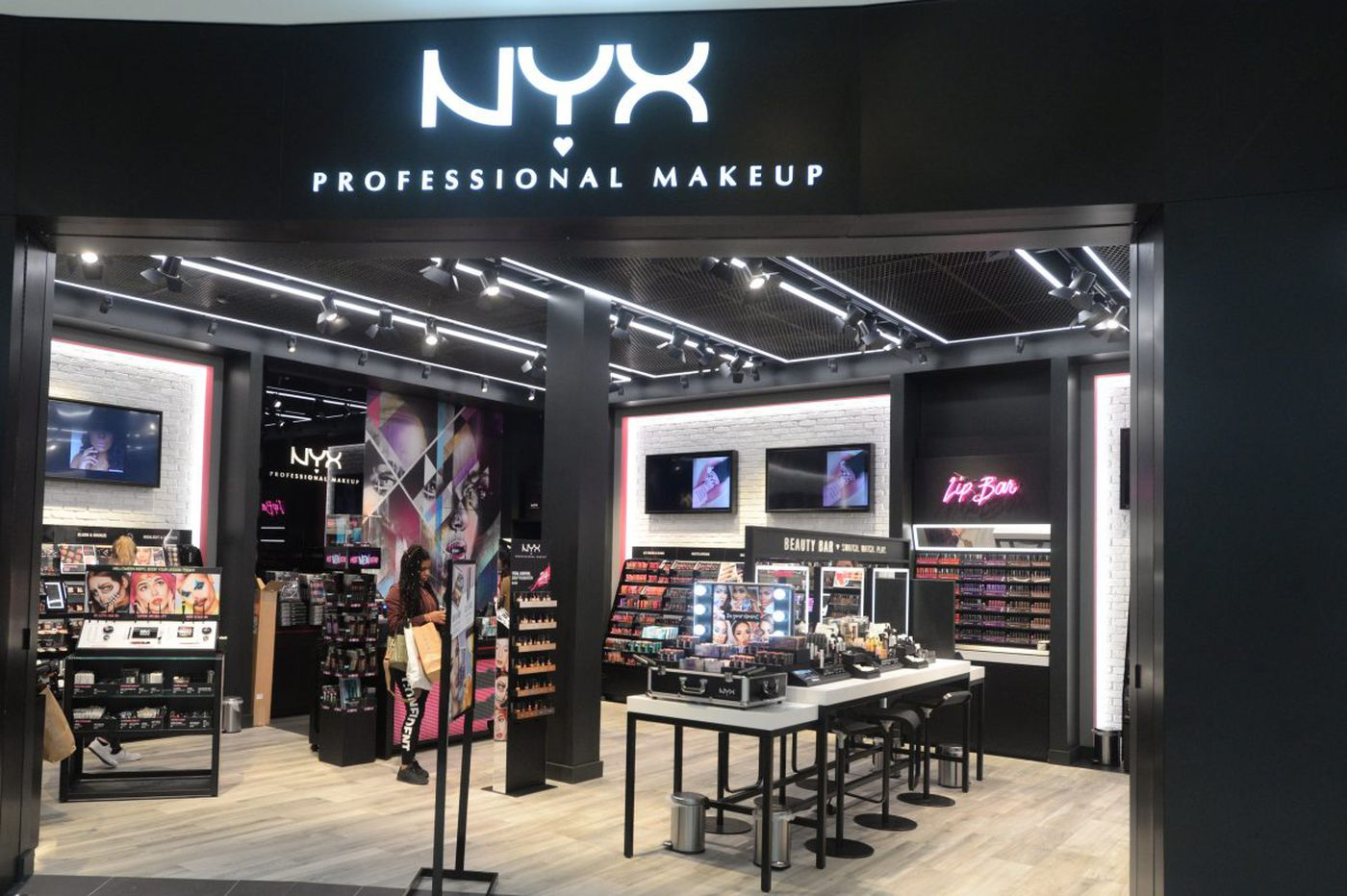 King of Prussia Mall adds five more brands