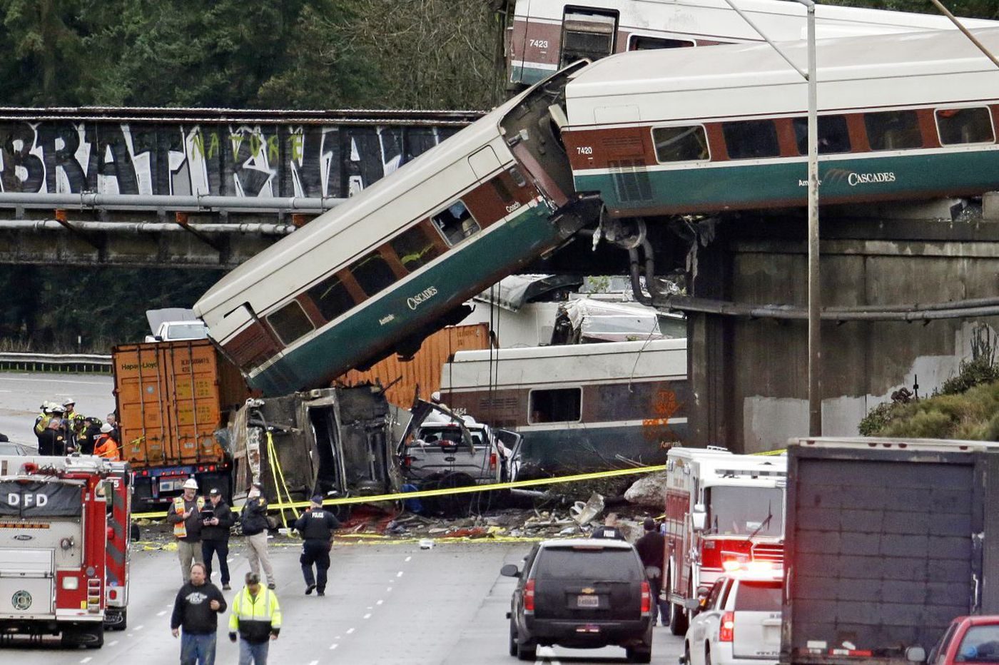 Amtrak derailment in Washington recalls ghosts of Philly's own train disaster